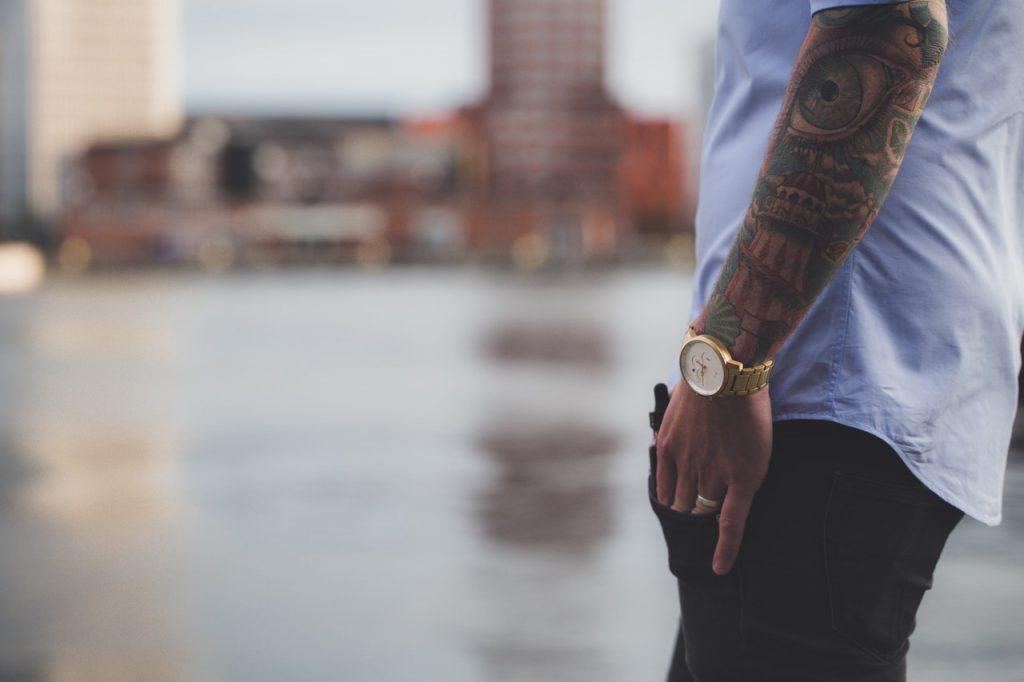 Rękaw jako tatuaż męski